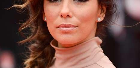 Veja famosas que usam a sobrancelha para compor o olhar