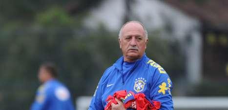 Felipão recebe espiões e testa Brasil em 2 dias para Chile