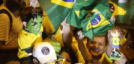 Seleção chega a Belo Horizonte com grande apoio da torcida