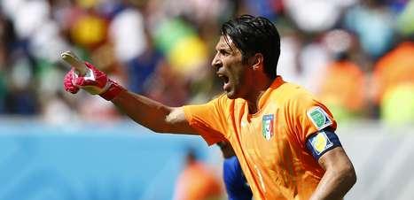 Experiência de Buffon não salva Itália na Copa; relembre