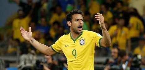 Brasil naufraga em 10 erros: de Fred a inimigos imaginários