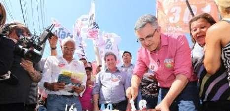 "Aniversariante, Padilha espera ""reviravolta"" nas pesquisas"
