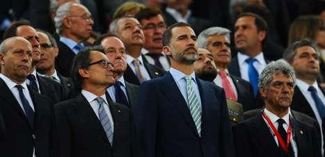 Governo condena vaias a hino espanhol em final e pode punir