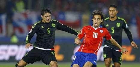 """Valdivia perde """"gol feito"""" e resume temporada em um jogo"""