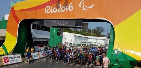 Após bronze, Lauro Chaman leva prata no ciclismo de estrada