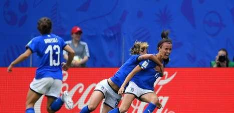 Grupo do Brasil: Itália vira nos acréscimos e bate Austrália