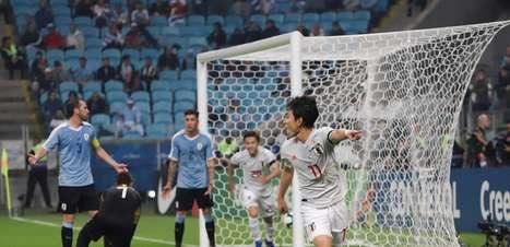 Japão surpreende, mas Uruguai busca empate em Porto Alegre