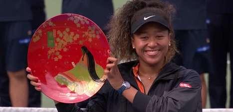 WTA Osaka: Osaka bate Pavlyuchenkova (6-2, 6-3)