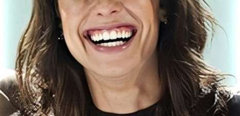 Fã pede para Andreia não mudar o sorriso e atriz responde