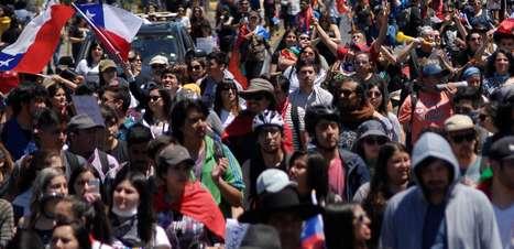 Piñera condena pela 1ª vez abusos cometidos pela polícia