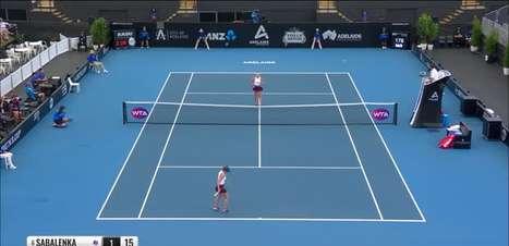 TÊNIS: WTA Adelaide: Sabalenka vence Halep e avança para a semifinal