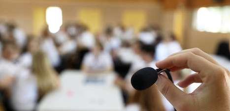 Como lidar com o medo do julgamento nas suas apresentações