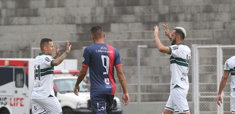 Coritiba é derrotado pelo Cascavel e perde chance de assumir liderança do Paranaense