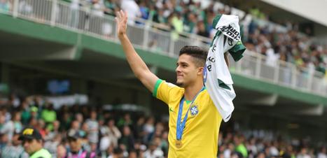 Coritiba anuncia venda de lateral Yan Couto para o Manchester City
