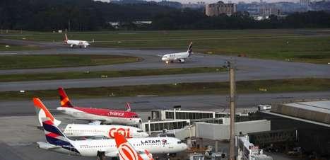 Governo reabrirá parcialmente fronteiras aéreas do País