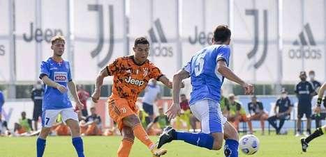 Juventus goleia Novara com gol de Cristiano Ronaldo