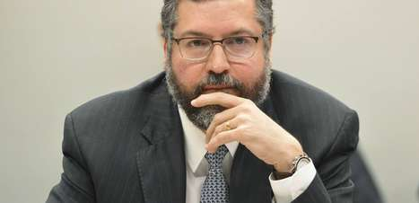 """Ernesto Araújo diz que governo Bolsonaro perdeu a """"alma"""""""
