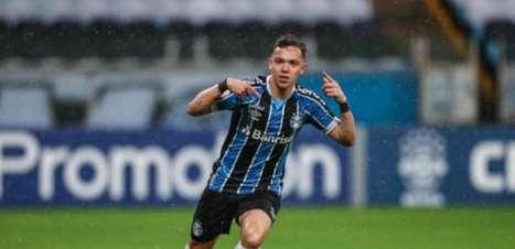 Grêmio oficializa venda de Pepê ao Porto por quase R$ 100 mi
