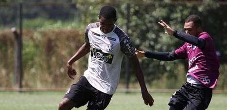 Zagueiro de 16 anos assina contrato profissional com a Ponte