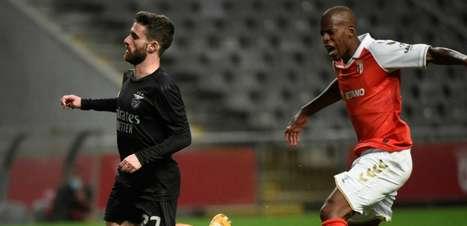 Benfica bate o Braga e conquista a quarta vitória seguida no Português