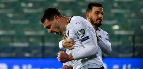 Com gols de Belotti e Locatelli, Itália vence a Bulgária