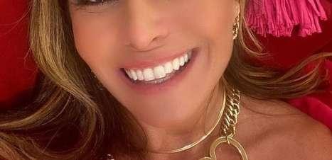 Trend: Giovanna Antonelli usa colar de coração em nova novela