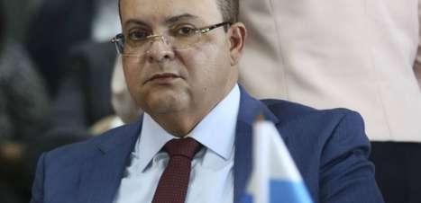 Caça a Lázaro Barbosa causa atrito entre governadores