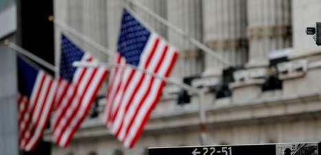 Índices caem após notícias de propostas tributárias de Biden