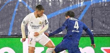 Hazard diz que Real Madrid tem de ir a Londres para vencer o Chelsea na volta e que duelo está em aberto