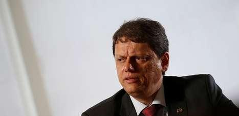 Tarcísio contraria Bolsonaro sobre candidatura em São Paulo