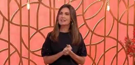 Fátima usa blusa de R$ 79,90 no 'Encontro': veja look completo