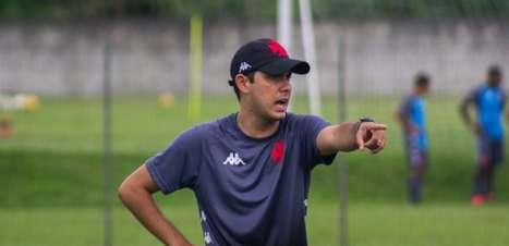 Igor Guerra, técnico da equipe sub-17 do Vasco, fala sobre preparação para o início do Brasileirão da categoria