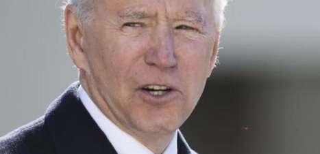 Biden avalia proposta da OMC sobre direitos de vacinas