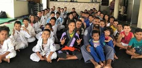 Parceria entre projetos sociais de lutas do Rio e de São Paulo beneficia famílias na pandemia; veja