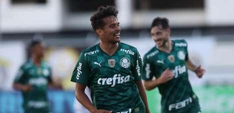 Destaque em 2021, Gustavo Scarpa participa de um terço dos gols do Palmeiras no ano