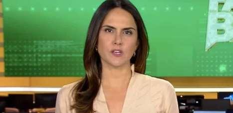 Record demite Carla Cecato após 16 anos e jornalista pede ajuda na web