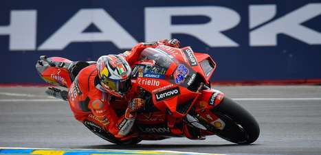 Miller vence segunda seguida em GP maluco e chuvoso na França