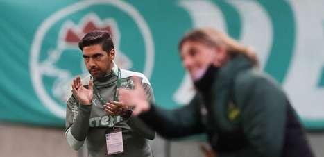 Abel e Crespo fazem duelo de estilos na final do Paulista
