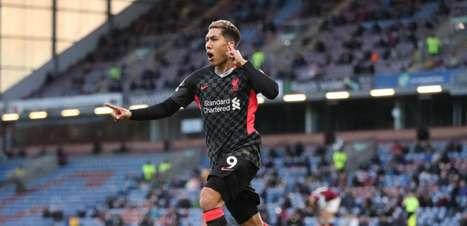 Firmino celebra vitória com mais um gol marcado: 'Feliz por ter ajudado'