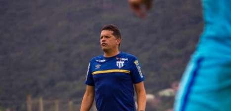 Claudinei Oliveira não quer administrar a vantagem na Arena Condá