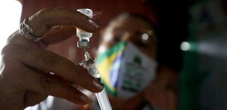 Vacinação contra a covid-19 evitou mais de 40 mil mortes