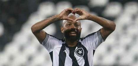 Chay surge como boa cartada para o Botafogo consolidar o seu tão esperado equilíbrio ofensivo