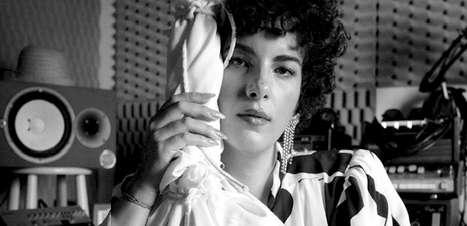 Cantora Céu lança álbum com sucessos em versão acústica