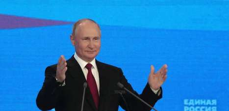 É melhor se vacinar do que pegar Covid, diz Putin