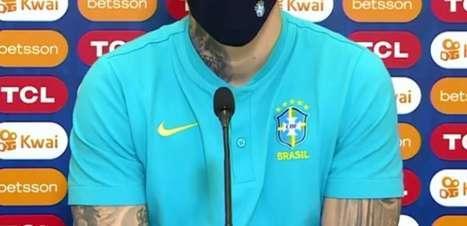 Titular contra o Chile, Ederson exalta goleiros da seleção
