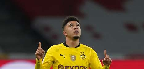 Dortmund vende Sancho ao Manchester United por R$ 501 mi