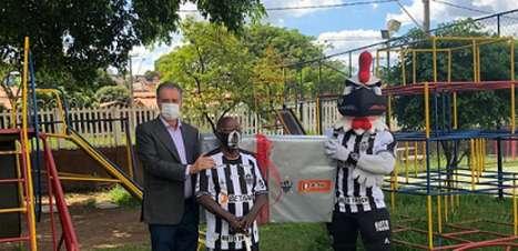 Ídolo do Galo, Ubaldo completa 90 anos e recebe homenagem do clube