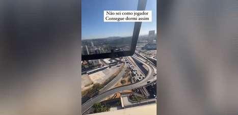 Empresário mostra como torcida do Atlético-MG disparou foguetório na frente do hotel do Boca