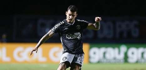 Vasco terá um suspenso, um retorno certo e três possíveis contra o Botafogo, no próximo sábado