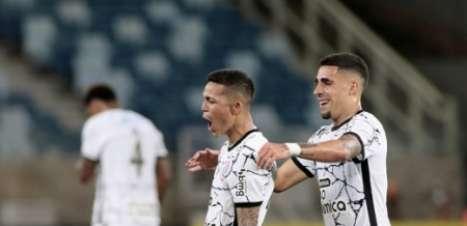 Elogiado por Sylvinho, Adson foi decisivo contra o Cuiabá e deve ganhar espaço no Corinthians